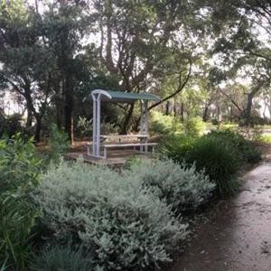 Felton Deluxe Sheltered Park Setting at Iluka