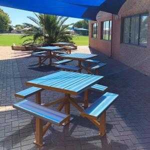 Felton 4-Sided Pedestal Park Setting at Living Waters Lutheran College